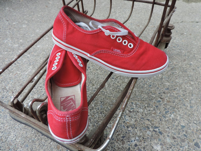 0072c781e4 VANS Sneakers OFF THE Wall Red Canvas Shoes Lace Up Kicks