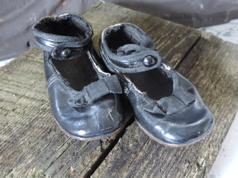 Antique Baby Shoes Black Leather Victorian  Mary Janes Ankle Strap Button Baby Girl Shoes Vintage Infant Shoes