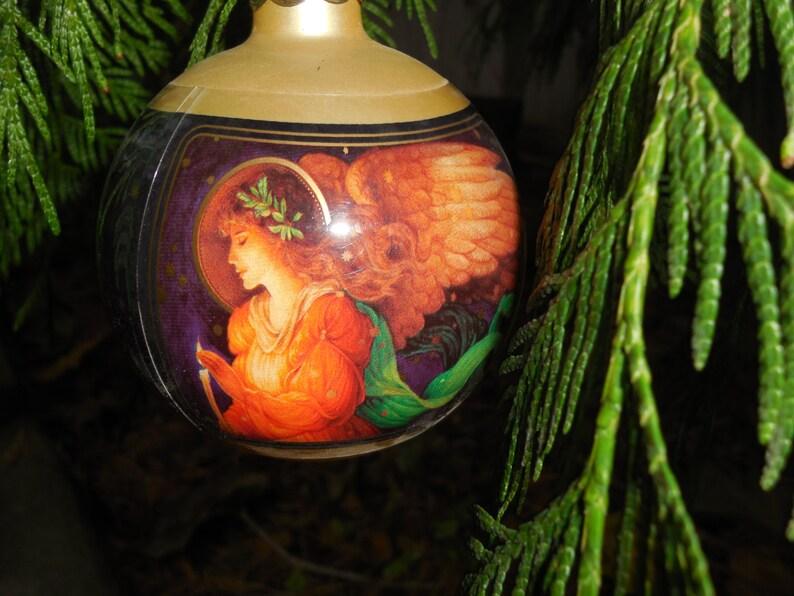 Hallmark Holiday Ornament Keepsake Christmas Ornament Vintage 1982 Glorious Angel