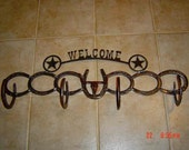 Coat and Hat Rack-Horseshoes with Longhorn - Western Welcome Sign, Horse Shoe Coat Hook, Rustic Decor, Western Home Decor