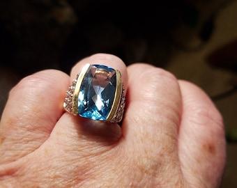 Victoria Wieck 14kt gold London Blue Topaz with white topaz. Size 6