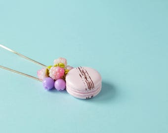 Pastel pink macaron neklace, clay pendant, Long chain, laduree macaroon, modern necklace, polymer clay food, colorful necklace, foodie gift
