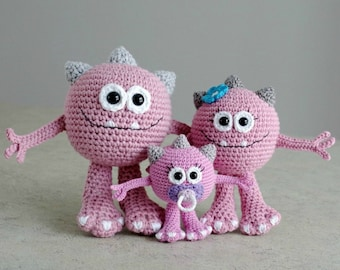 PATTERN - Huggy Monster (crochet, amigurumi) - in English