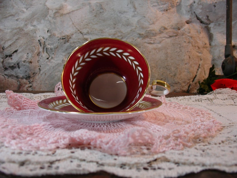 Bridesmaid Gift Vintage 1950s Maroon Red White Laurel Gold Pattern #C552 Aynsley English Bone China Teacup And Saucer