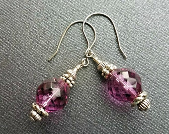 Vintage raspberry flecked faceted czech glass earrings//raspberry pink and silver crystal earrings//vintage czech earrings//pink earrings