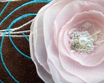 Blush pink flower hair clip, pink hair accessory, bridal hairpiece, bridal hair clip, wedding hair flower, wedding hair accessories