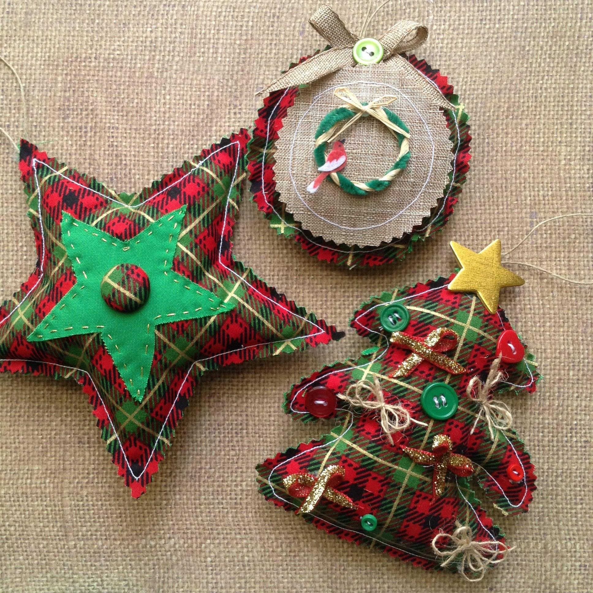 Christmas Classic Ornaments / Vintage Plaid Xmas Ornaments