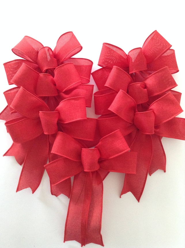 image 0 - Red Christmas Bows