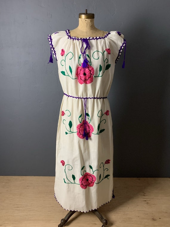 Mexican dress with floral embroidery