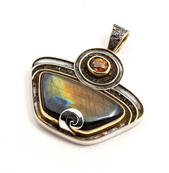 sterling silver Spectrolite pendant