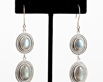 Labradorite 081 - Earrings - Sterling Silver - Valentines - Valentines Day - Partner Gift -