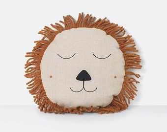 Safari Lion Pillow Natural