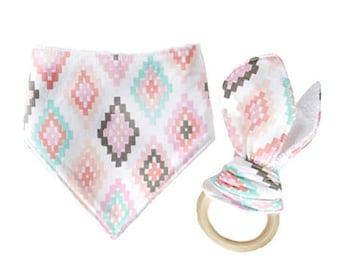Pastel Diamond Bandanna Bib and Wooden Teether Ring Set