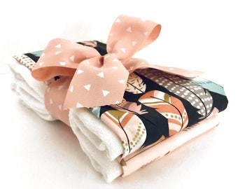Pastel Feathers Burp Cloth Set