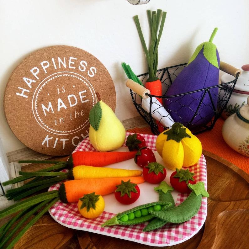 Natural Size 17 Felt Fruits Vegetables pretend play food educational nursery preschool montessori toy kitchen decor Felt Food Kids Party