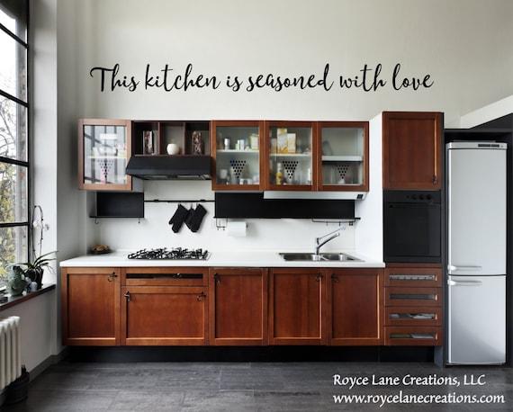 Diese Küche ist mit Liebe Aufkleber/Küche Sprüche/Küche Wand Dekor/Küche  Zitate/Küche Aufkleber/Küche Wand Aufkleber/Küche Schilder gewürzt.