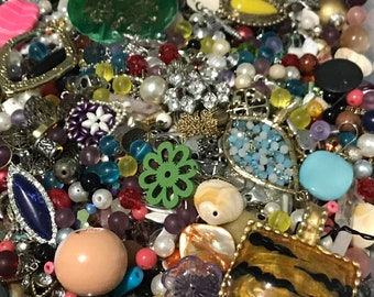 LARGE LOT OF BEADS FOR JEWELRY MAKING 50 BAG LOT HUGE ASSORTMENT