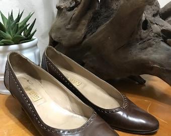 55452d1ac70e Vintage Gucci Heels - Brown Gucci Heels 7