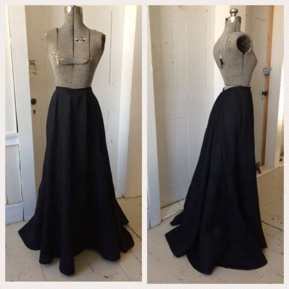 1800s 1890s Sheer Black Cotton Voile Tiered Oversk