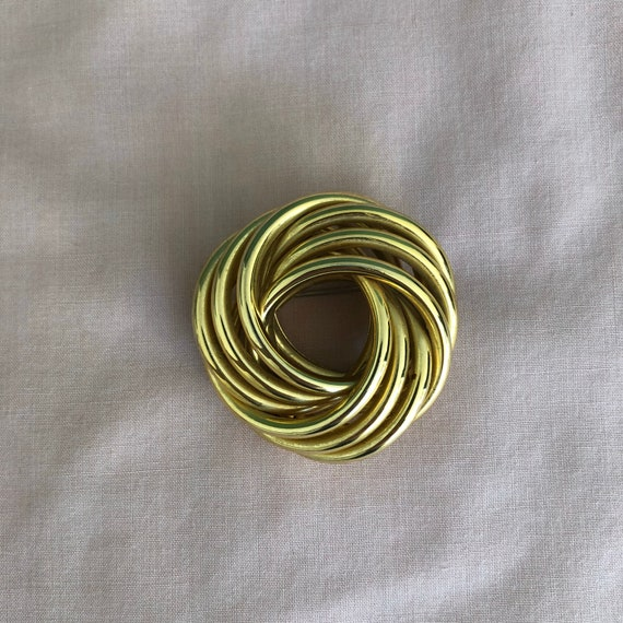 1980s 1990s gold-tone brooch