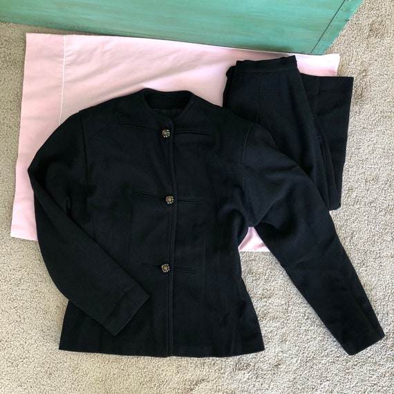 1940s black woolen suit