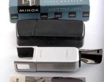 Vintage Collectible Minox Model B Flashgun in Original Box Nice Vintage Condition w Manual & Case Germany 1950's