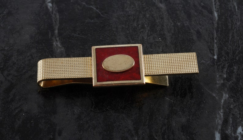 Vintage Tie Clip Gold Plated Brass With Red Enamel Oval In Square Tieclip Traditional  Pattern Tieclip New Old Stock