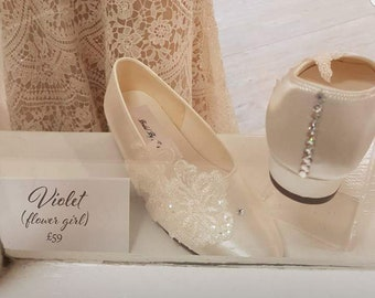 c8adf387e3848 Bridal designer white lace court shoes heels with silk ribbon   Etsy