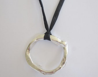 Solid Silver Gnarled Circle Pendant
