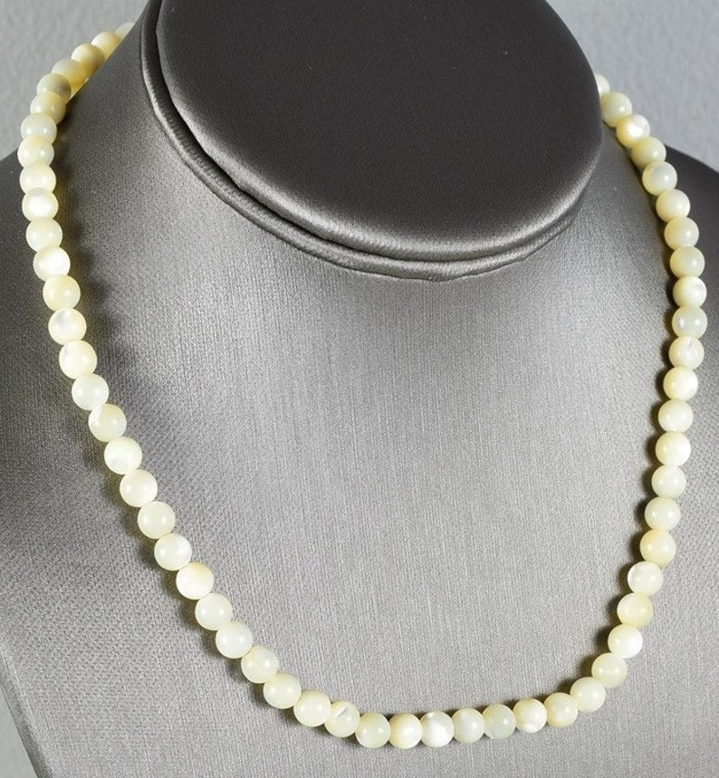 17 VintageEstate-Found Genuine White Sea Shell Beaded Necklace