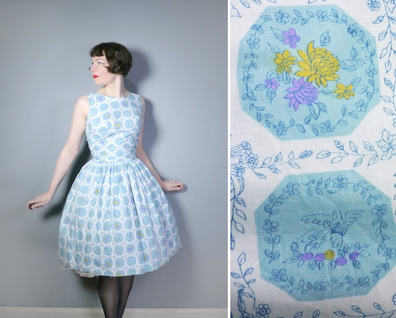 50s COTTON day dress in light blue and white print
