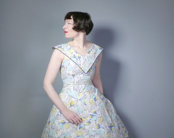 TULIP print 50s dress in white cotton with pastel yellow, blue and mint FLORAL print - Mid Century RHINESTONE collar full skirted dress - xs
