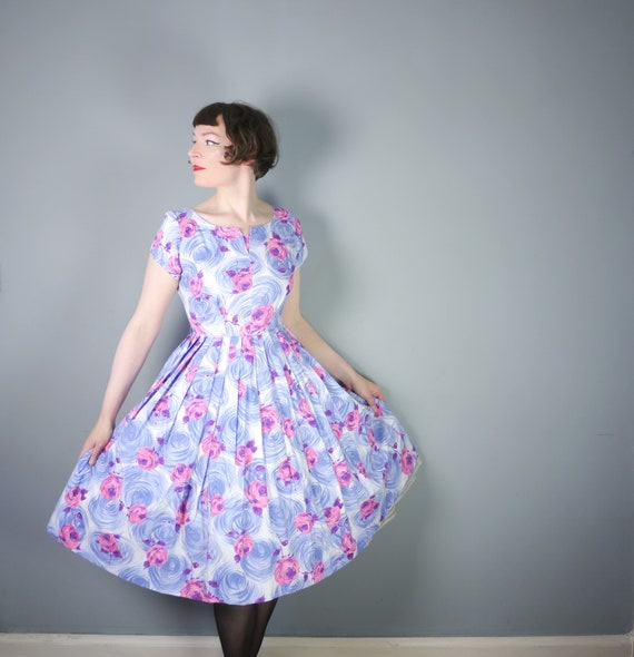 50s cotton dress with PINK ROSE and blue-grey SWIR