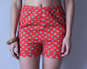 Spring vintage red cotton shorts