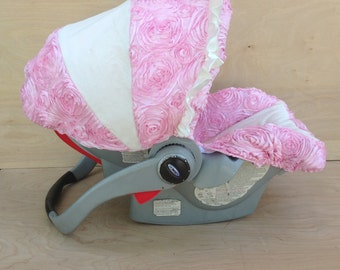 SALE **Infant Car Seat Cover-Pink Rosette/ Ivory Smooth