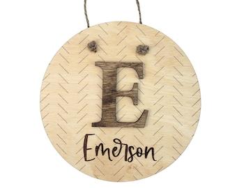 Minimalist Door Hanger, Custom Name Sign, Kids Room Decor, Wooden Name Sign, Nursery Door Hanger