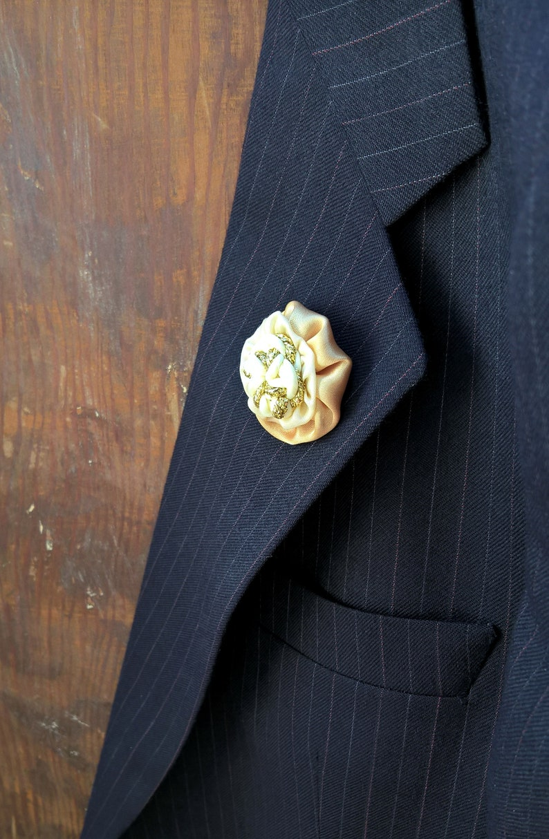 Men/'s Fabric Flower Lemon Buttonholes Gold Wedding Boutineers Grecian Style Lapel Pin Brooches set of 3 or 6