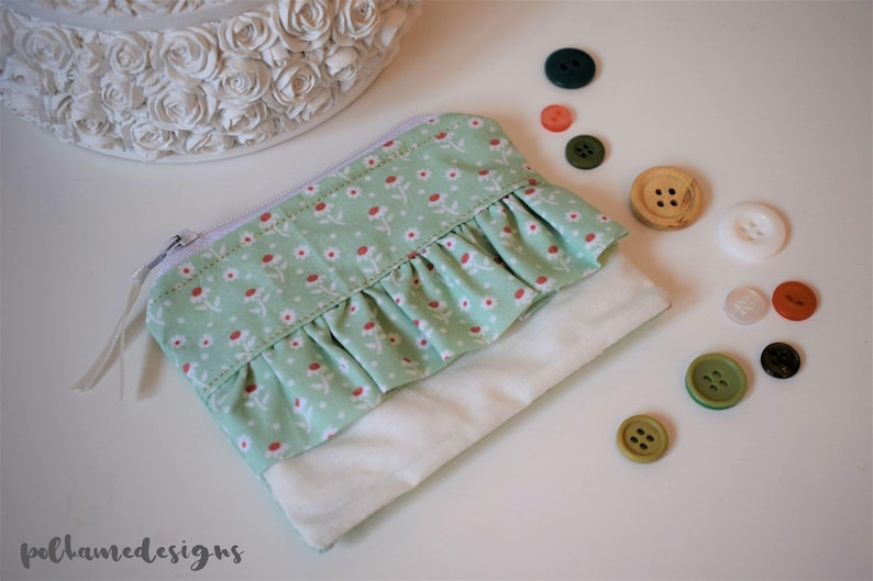 Mint Green Daisy Floral Print Frilly Ruffle Coin Purse