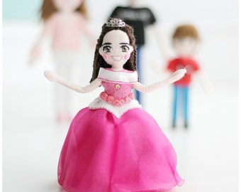 Selfie Doll of Children, Personalised Doll, Mini Me Doll, Small Handmade Doll, Birthday Gift Idea, Customised Doll,