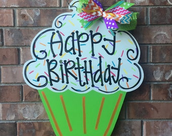 Birthday Door Hanger, Cupcake Door Hanger, Birthday Cake Door Hanger, Birthday Wreath, Cupcake Wreath, Birthday Decor, Birthday Party decor