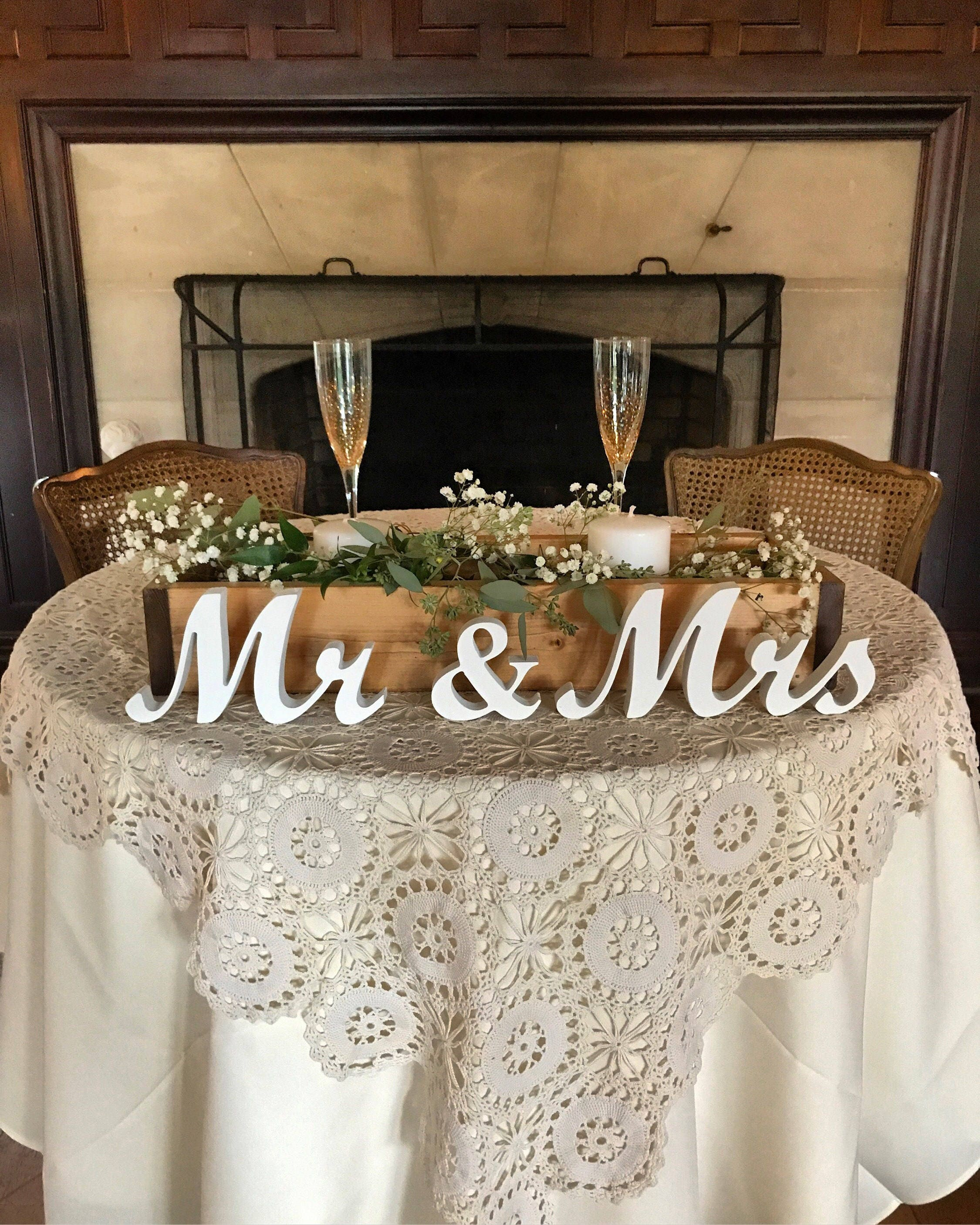 Country Wedding Centerpieces Ideas: Mr And Mrs Wedding Signs Table Decoration. Rustic Wedding