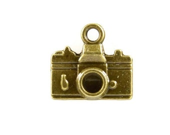 VINTAGE CAMERA PENDANT (Set of 5) - Bronze Vintage Camera Pendant Charm (1cm x 1.5cm)
