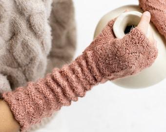 Alpaca wrist warmers. Fingerless mittens. Cable knit wrist warmers. Alpaca warmers
