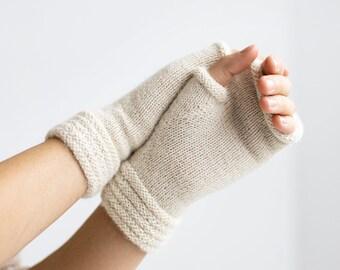 Alpaca wrist warmers. Fingerless mittens. Cable knit wrist warmers. Alpaca warmers. Shor wrist warmers. Fingerless wrist warmers