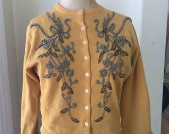 9660213141 Vintage Hand Beaded Sweater Cardigan 1950s
