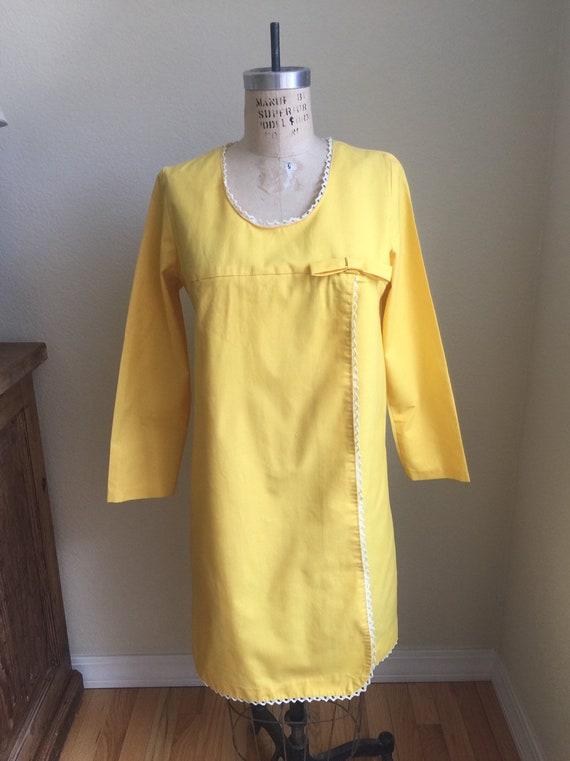 Vintage 1960s Shift Dress Yellow Mod