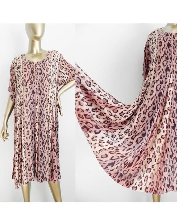 vintage leopard print shift dress \ loose dress \