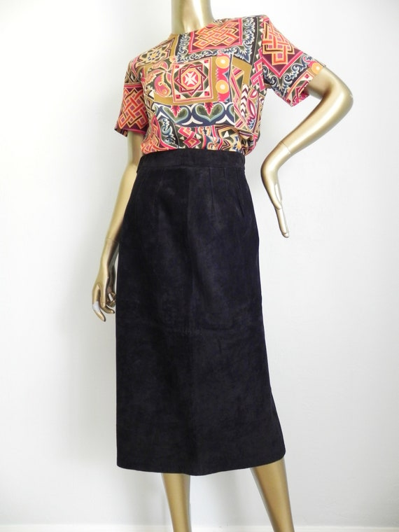 vintage black suede skirt \  mid length pencil ski