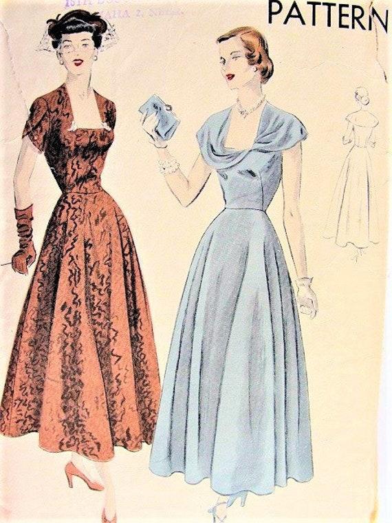 40er Jahre atemberaubende Partei Abendkleid Muster VOGUE 6601 | Etsy