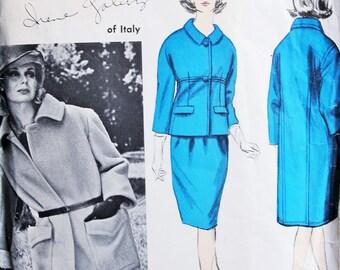 1960s CLASSY Galitzine Designer Coat and Suit Pattern Vogue Couturier Design 1297 Vintage Sewing Pattern Slim Suit Straight Coat Bust 31